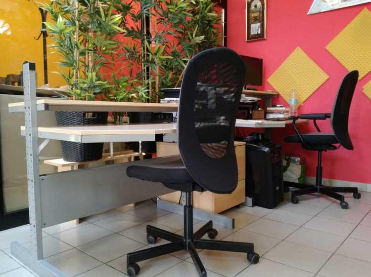 Desk Scrivania in Spazio Coworking a Torino - Ufficio